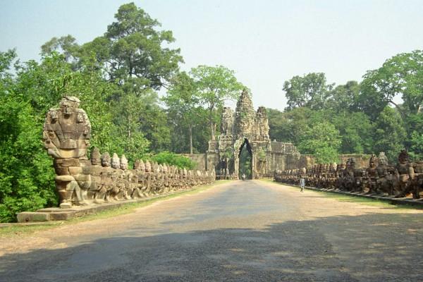 Angkor Thom, Angkor Thom Travel