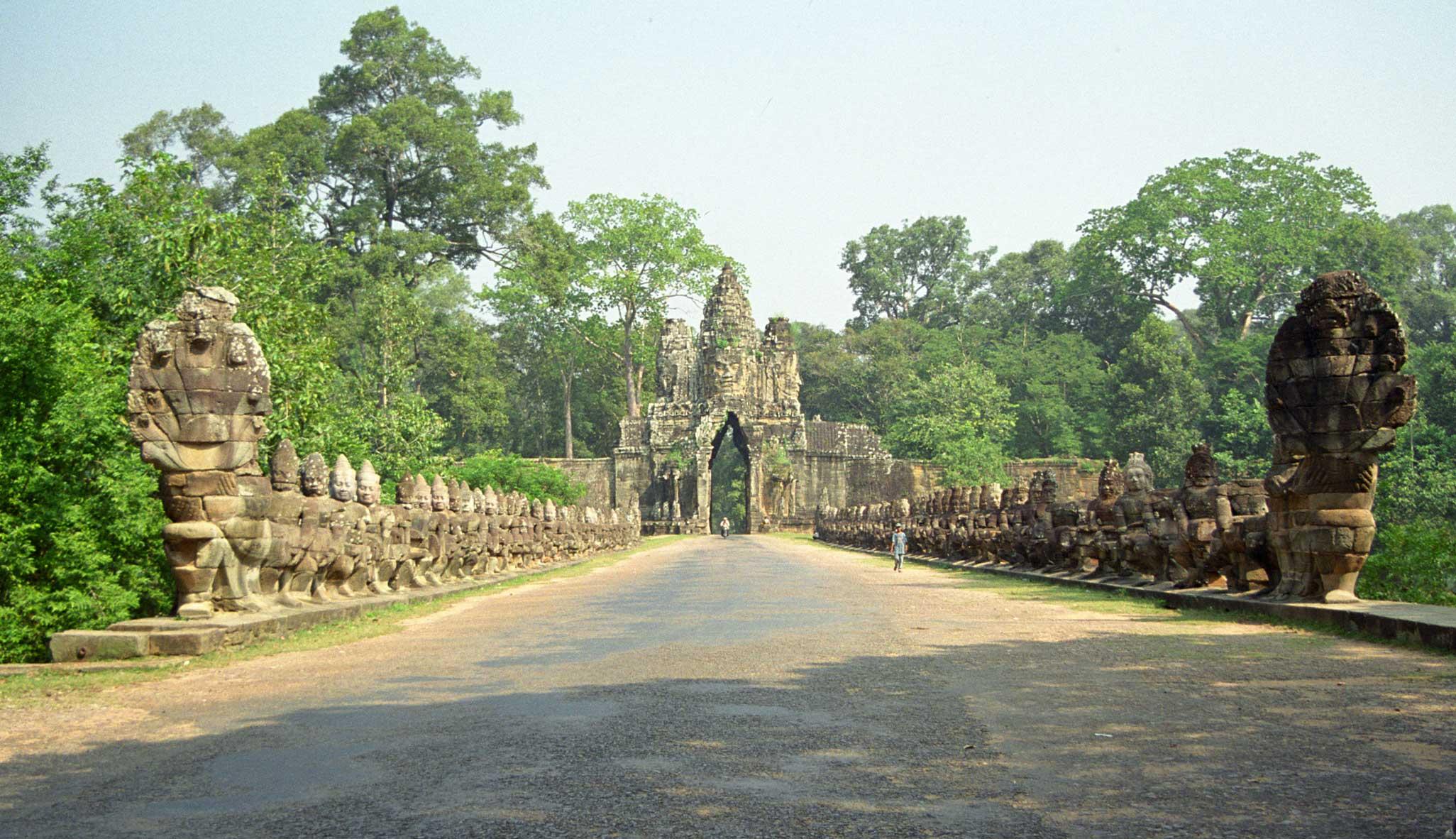 Cambodia Thailand Vietnam Laos Tour