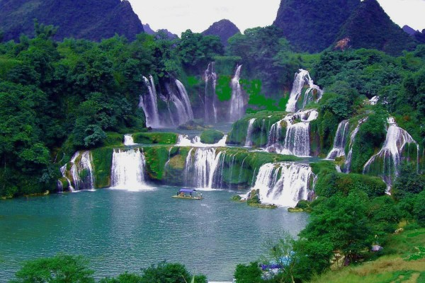 Ban Gioc Waterfall, Cao Bang City, Cao Bang Tour