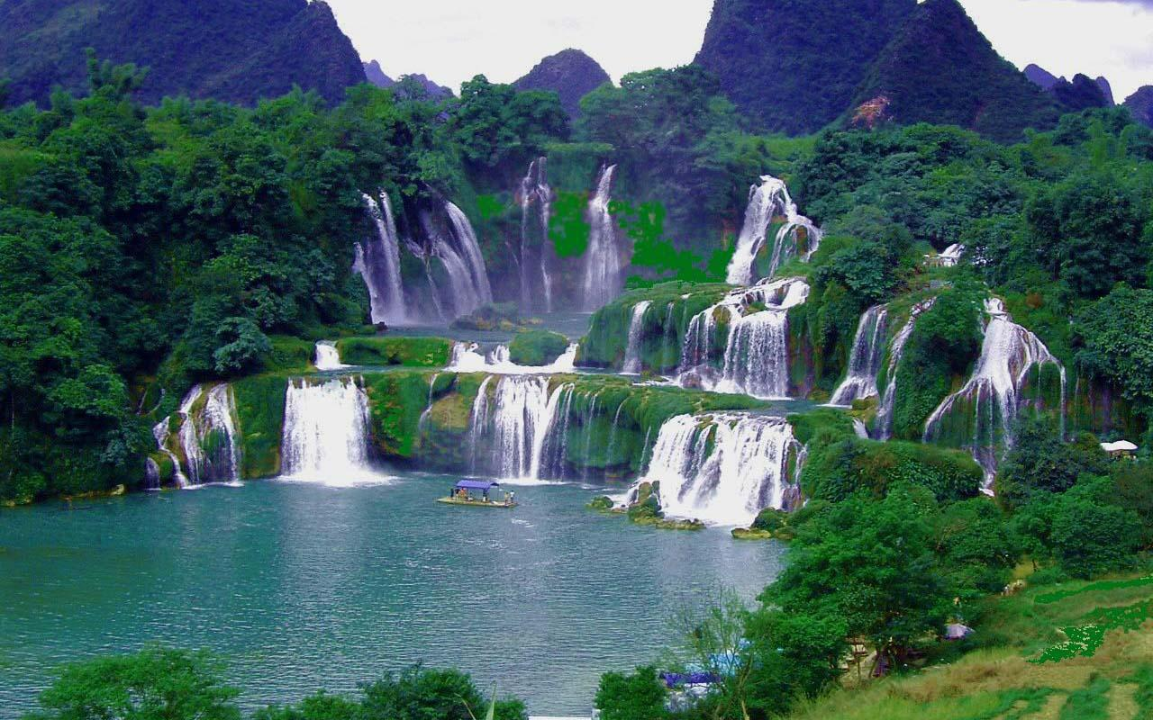 the waterfall effect of vietnam Detian - banyue falls (chinese: 德天瀑布 & 板約瀑布) or ban gioc falls (vietnamese: thác bản giốc), [note 1] are 2 waterfalls on the quy xuan river straddling the sino-vietnamese border, located in in the karst hills of daxing county in the chongzuo prefecture of guangxi province, on the chinese side, and in the district of trung.