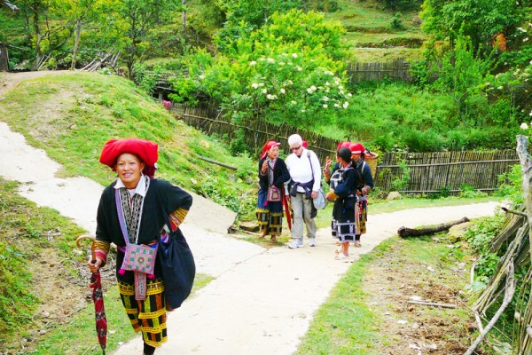 Van Village, Mai Chau, Mai Chau Tour