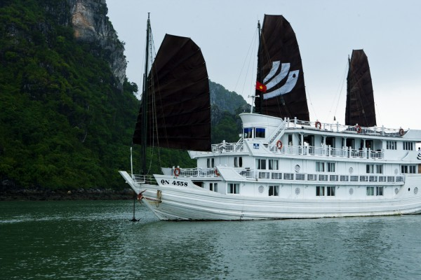 Bhaya Cruise, Halong Bay, Halong Bay Boat Trip