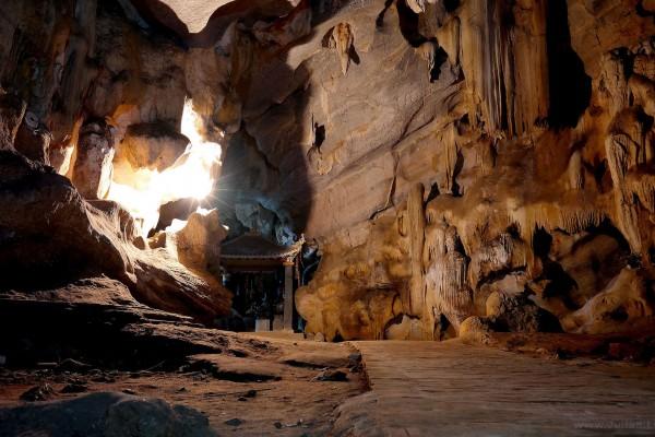 Bich Dong Cave , Hoa Lu, Ninh Binh