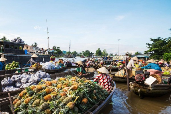 Cai Be Floating Market, Vinh Long
