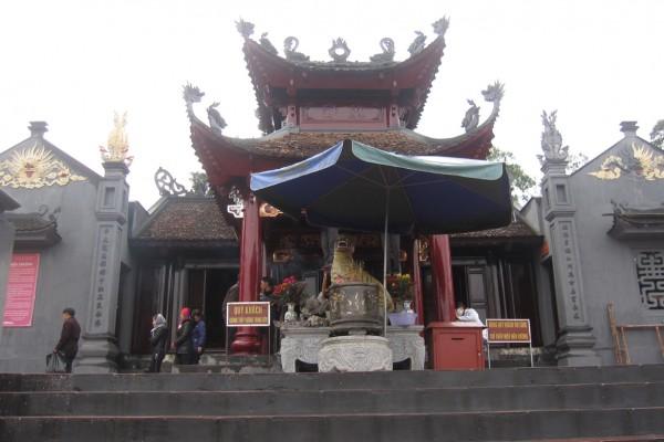 Cua Ong Temple, Quang Ninh, Quang Ninh Travel Guide
