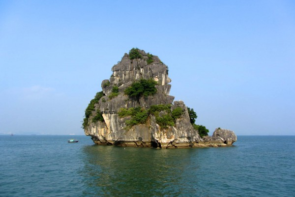 Dog Rock, Halong Bay, Halong Boat Trip