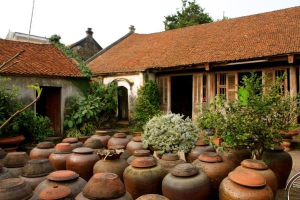 Duong Lam Ancient Village, Duong Lam Ancient Village Tour