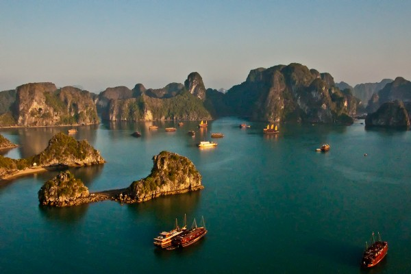 Halong Bay, Halong Bay Tour, Halong Travel Guide