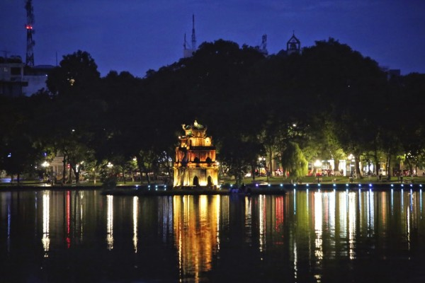 Hoan Kiem Lake by night, Hoan Kiem Lake Travel, Hoan Kiem Lake Tour