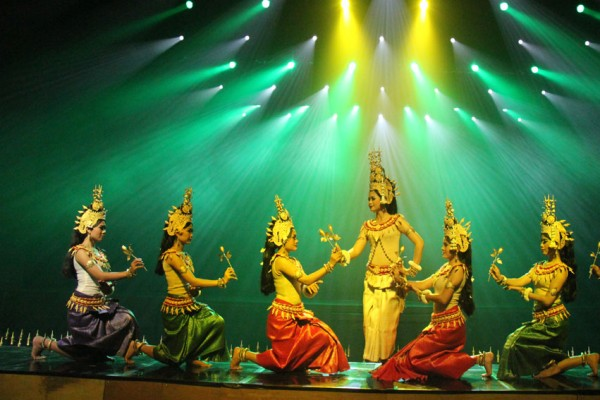 angkor wat tour, cheap angkor tour, angkor thom tour, tour to cambodia