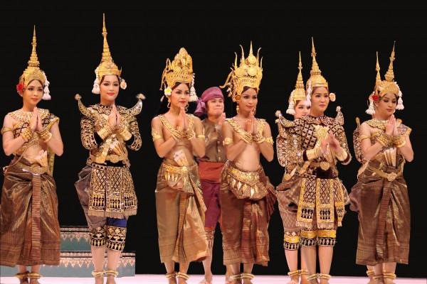 Khmer Apsara Dance Show, Siem Reap, Siem Reap Tour