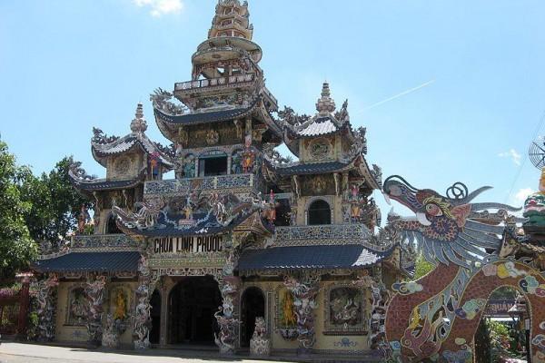 Linh Phuoc Pagoda, Dalat, Dalat Travel Guide