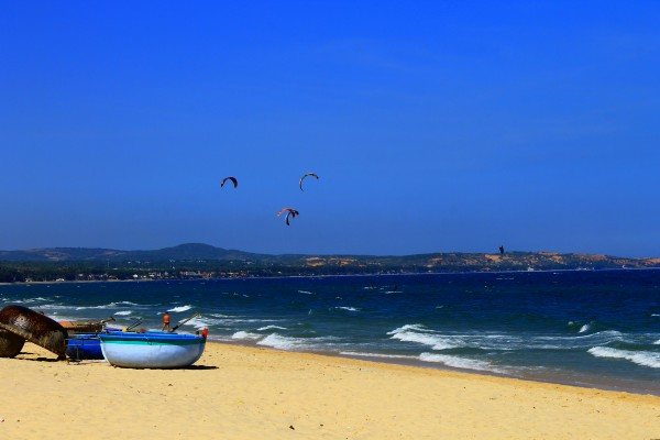 Mui Ne Beach, Mui Ne Tour, Mui Ne Honeymoon