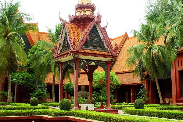 National Museum, National Museum in Phnom Penh, Phnom Penh Tour