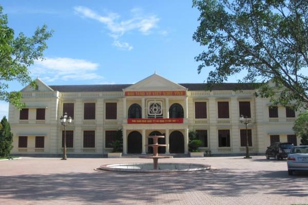 Nghe Tinh Soviet Museum, Vinh, Cua Lo Beach