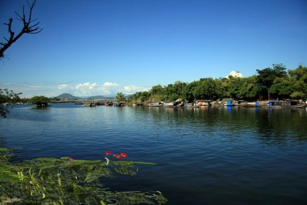 Perfume River, Hue, Hue Tour