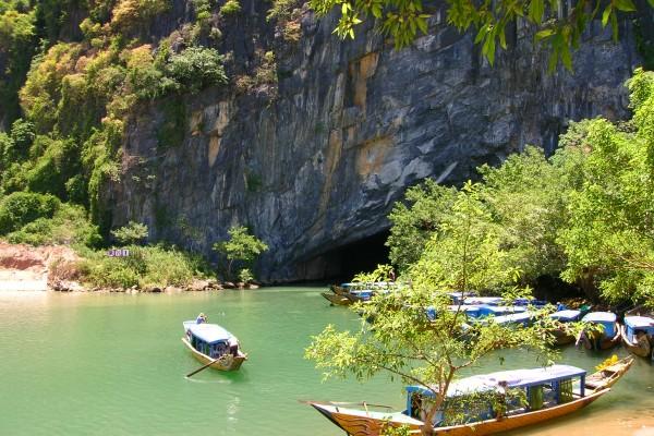 Phong Nha Caves, Phong Nha Ke Bang, Quang Binh, Quang Binh Tour
