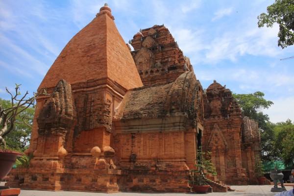 Poshanu Cham Tower, Phan Thiet, Mui Ne