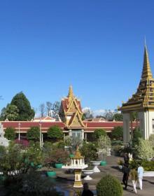 Silver Pagoda, Silver Pagoda in Phnom Penh, Phnom Penh Pagoda