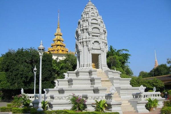 Silver Pagoda, Phnom Penh Pagoda, Silver Pagoda in Phnom Penh Cambodia