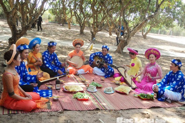 Southern Vietnamese folk music, Ben Tre, Ben Tre Travel Guide