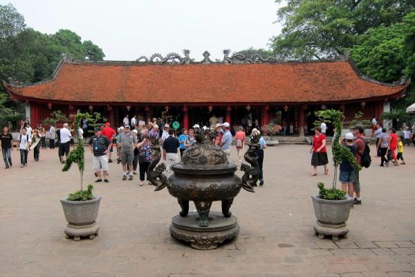 Temple of Literature, Temple of Literature in Hanoi, Hanoi Tour