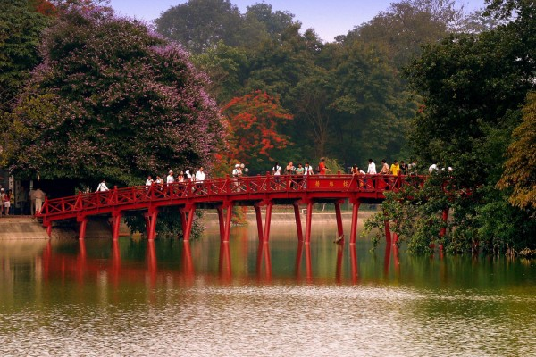 The Huc Bridge, Hoan Kiem Lake