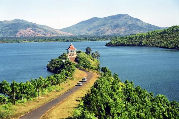 pleiku travel guide, the tour to highland area of vietnam