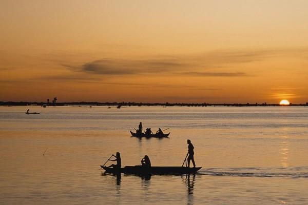 Tonle Sap Lake, Siem Reap, Angkor Wat, Angkor Temple