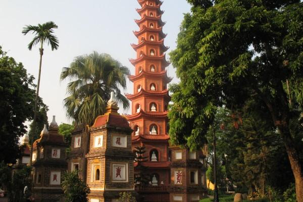 Tran Quoc Pagoda, Tran Quoc Pagoda Tour