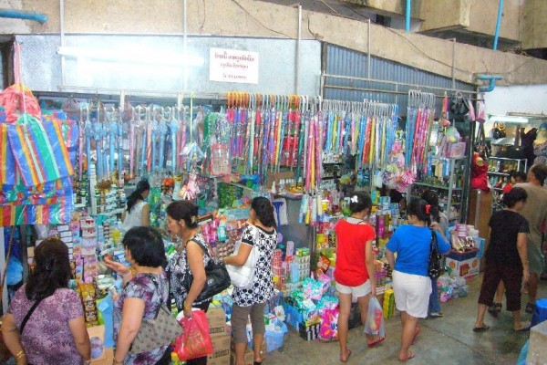 Vientiane Shopping, Vientiane Tour, Vientiane is capital in Laos.