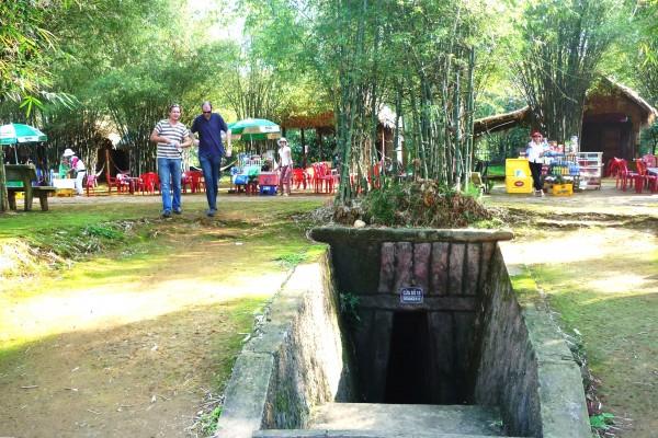 Vinh Moc Tunnel, Quang Tri Tour