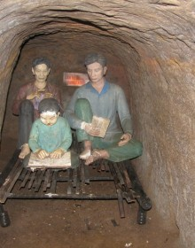 Vinh Moc Tunnel was composed of 3 levels: Level 1 of 8-10m underground was for fighting and temporary shelter.