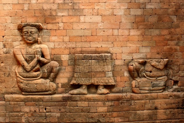 travel to famous temples cambodia