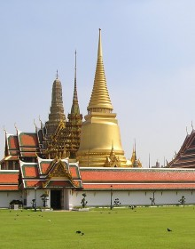 Emerald Buddha Temple, Emerald Buddha Temple in Bangkok, plan a trip to vietnam and cambodia