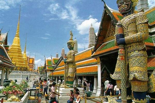 Emerald Buddha Temple, Bangkok, Bangkok Tour
