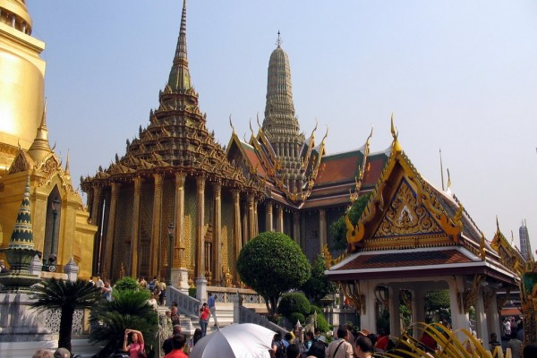 Emerald Buddha Temple, Bangkok, Travel to Bangkok Thailand