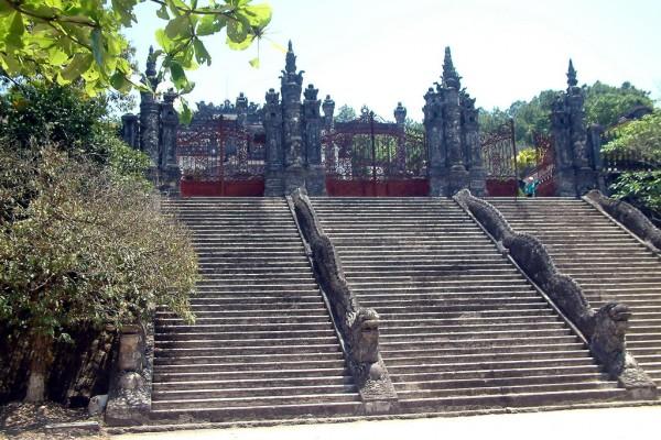 Gia Long Tomb , Hue Tomb, Hue Tour, Vietnam tours, Vietnam holidays, Vietnam travel, Vietnam tour company