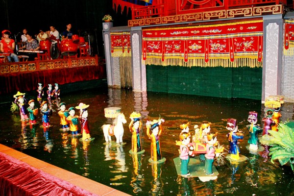 Hanoi Water Puppet show, Hanoi Tour, Ngoc Son Temple
