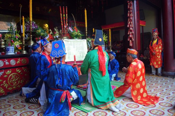 chua ong pagoda hoi an, hoi an travel guide, hoi an tourist sight, hoi an travel