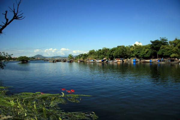 Perfume River, Perfume River in Hue, Hue Travel