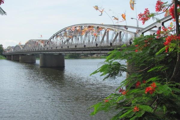 Perfume River, Perfume River Tour, Perfume River Travel