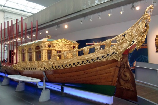 Royal Barge Museum, Royal Barge Museum Tour, Cambodia Tour, Vietnam package tour