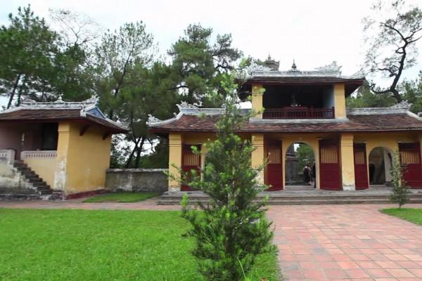Thien Mu Pagoda, Thien Mu Pagoda in Hue, Hue Travel