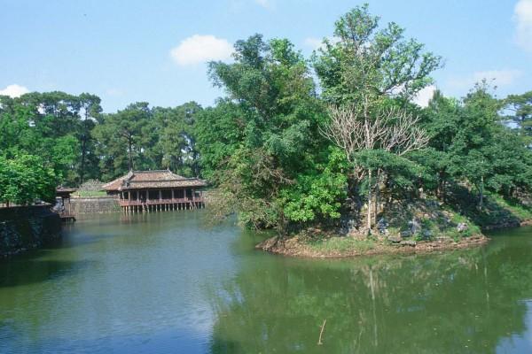 Tu Duc Tomb, Hue, Thien Mu Pagoda, Hue Tour