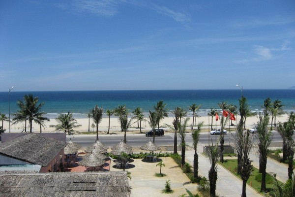 Vietnam best beach to travel