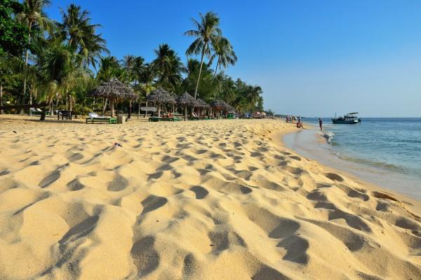 vietnam travel beach