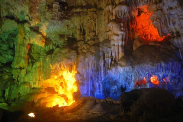vietnam tour program