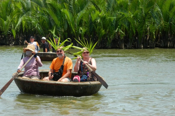 boat trip in hoi an, hoi an travel guide, hoi an travel, travel vietnam