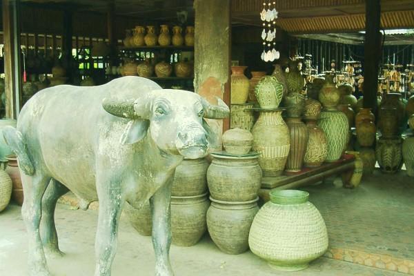 Daan Kwian Market, Thailand, Lampang
